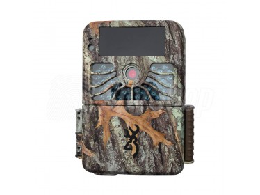 4K trail camera  Browning Recon Force with instant response time of 0.4 s