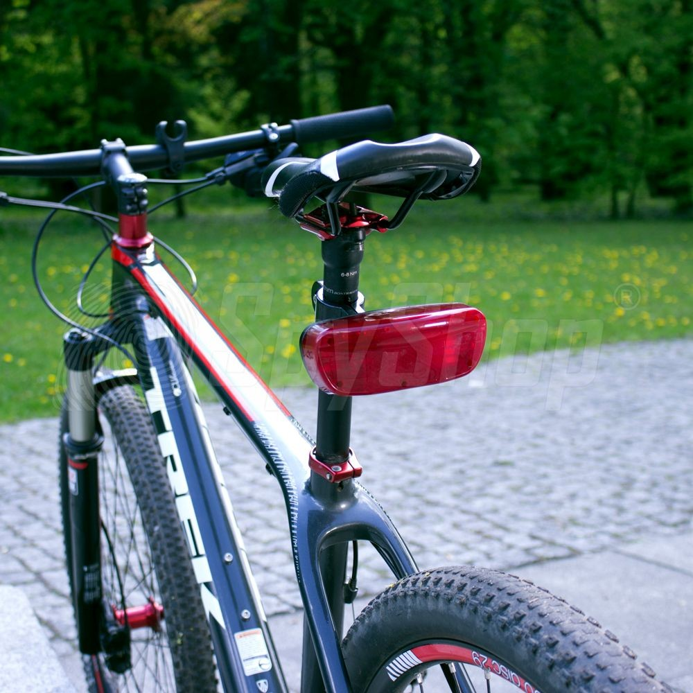 ... GPS bicycle tracker - B-16 ...