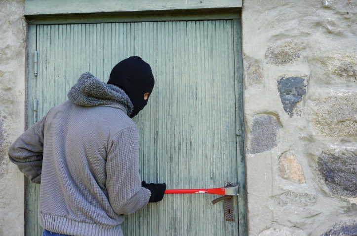 burglar-and-home-security
