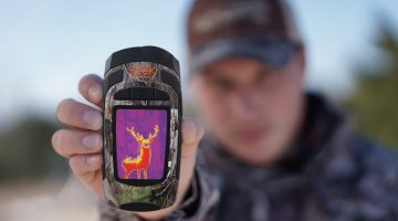 CONVERT YOUR SMARTPHONE INTO A THERMAL IMAGING CAMERA